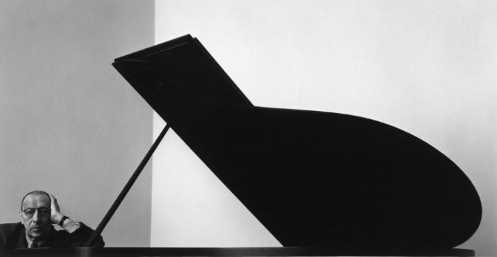 Igor_Stravinsky,_New_York,_NY,_1946