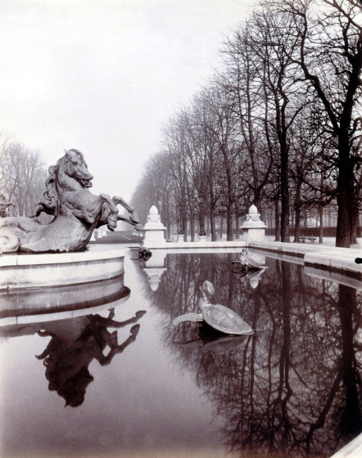 Paris by Eugene Atget