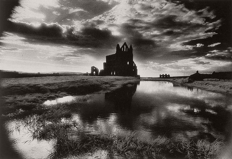 Surreal architecture by Simon Marsden