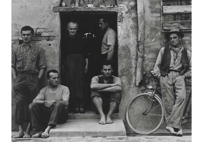 Paul-Strand-The-Family-Luzzara-The-Lusettis-1953