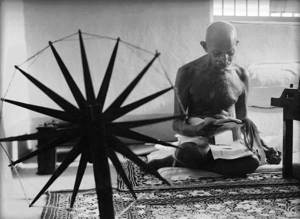 gandhi_spinning_wheel