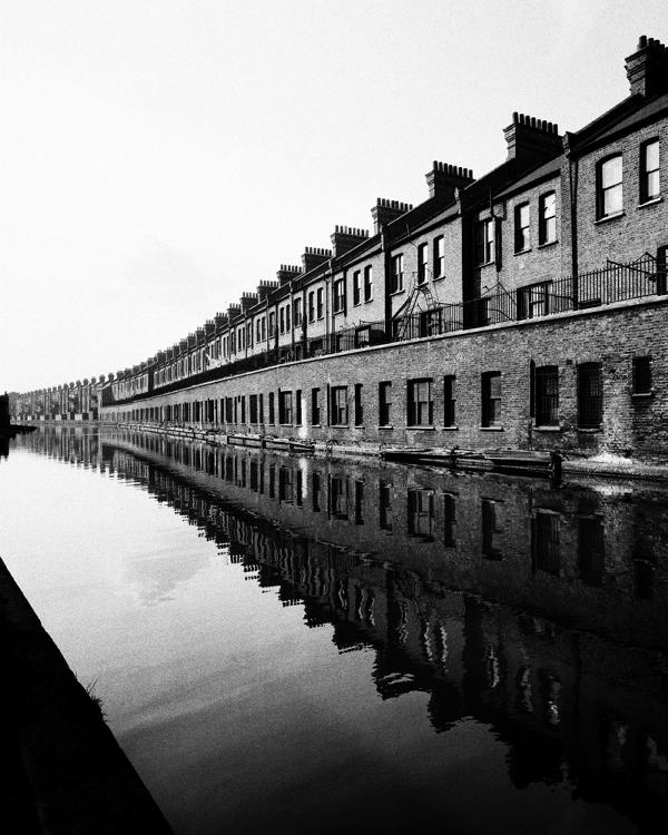 GRAND-UNION-CANAL-PADDINGTON-CIRCA-1938-by-BILL-BRANDT-1904-1983-C28161