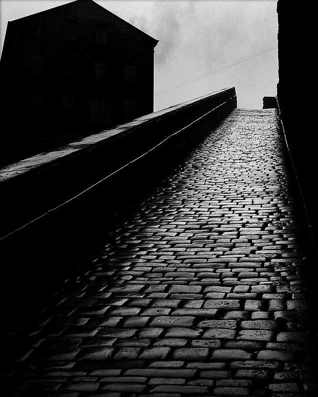 Snicket in Halifax, 1937