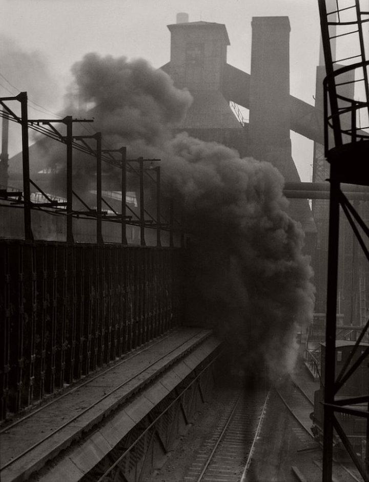 Rail car carrying extinguished coke, Hösch Steelworks, Dortmund, 1928