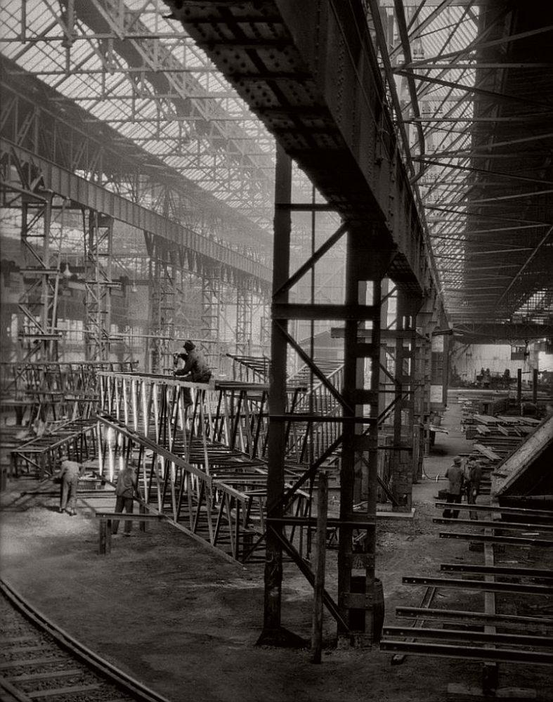 On the factory floor, C.H. Jucho bridge builders, Dortmund, 1928
